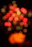 L'estratto ha offuscato il bokeh delle luci della circolare, fondo di natale fotografia stock libera da diritti