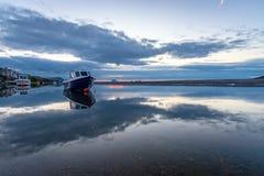 L'estuaire de Nyfer au crépuscule, Trefdraeth Newport, Pays de Galles photos stock