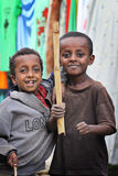 l'Ethiopie : Troupe de jeunes guerriers Photos stock