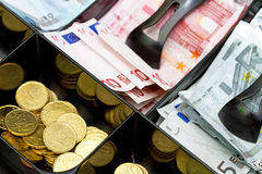 L'euro argent labourent Photos libres de droits