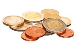 L'euro di moneta europea conia i soldi su bianco Fotografia Stock Libera da Diritti