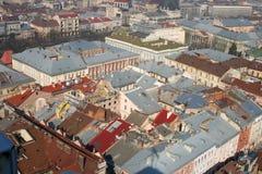 l'Europe a façonné les vieux toits s photographie stock