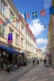 L'Europe, la Scandinavie, la Suède, Gothenburg, les drapeaux nationaux et la scène de rue Photo stock
