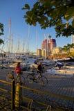L'Europe, Scandinavie, Suède, Gothenburg, yachts a amarré près de la surveillance d'Uitken Photo libre de droits
