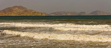L'excitation dans la baie sur la côte du sud-est de la Crimée photographie stock