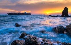 L'expédition sur la mer photographie stock libre de droits