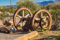 L'exploitation de fer de vintage roule dedans le désert de l'Arizona Images stock