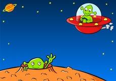 L'Extraterrestrial saluent un autre étranger dans un vaisseau spatial Photographie stock