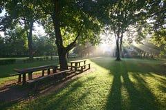 À l'extérieur la lumière du soleil Image stock