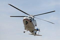 L'hélicoptère débarque Images stock