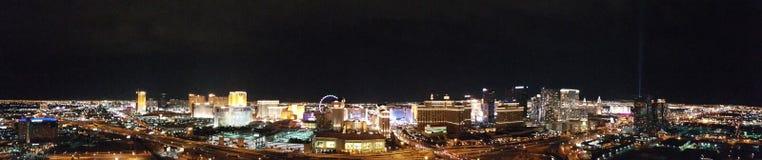 L'hôtel de mirage et le casino, ville, zone métropolitaine, nuit, paysage urbain Image libre de droits