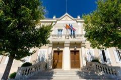 L'hôtel de Ville sur les sud du village de sommet de Frances de Ramatuelle, variété, France sur la Côte d'Azur Photos libres de droits