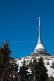 L'hôtel et l'émetteur ont plaisanté dans l'horaire d'hiver, Liberec Photos libres de droits