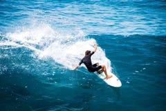 L'Hawai praticante il surfing Fotografia Stock