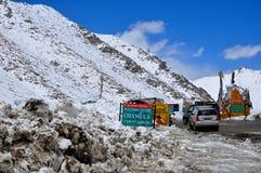 L'Himalaya del passaggio di alta montagna Fotografie Stock Libere da Diritti