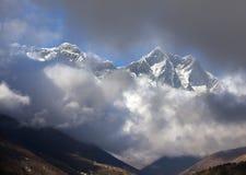 L'Himalaya lumineux photographie stock libre de droits