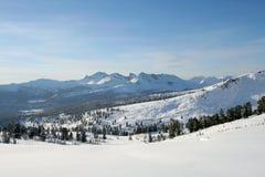 L'hiver dans les montagnes Image libre de droits