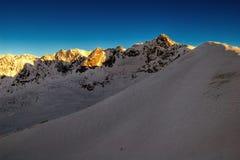 L'hiver dans les montagnes photo libre de droits