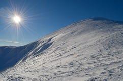 l'hiver de Carpathiens photos libres de droits