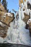 l'hiver de cascade à écriture ligne par ligne Photographie stock