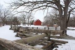 l'hiver de rouge de grange Photos libres de droits