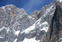 l'hiver de ski d'alpes Images libres de droits