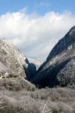 L'hiver en montagnes Image libre de droits
