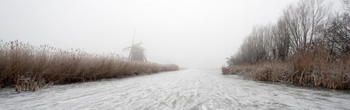 l'hiver hollandais de panorama photographie stock