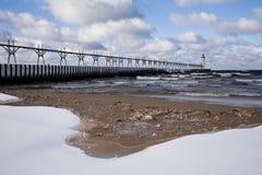 l'hiver léger de lacs grands de maison Image libre de droits
