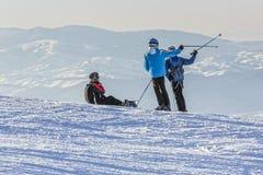 l'hiver neigeux kiting de sports de ski de fleuve Images stock