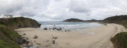 l'hiver nuageux de temps de littoral de plage Images libres de droits