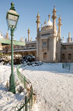 L'hiver royal de neige de Brighton de pavillon images libres de droits
