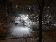 L'hiver vient un peu tard mais est chaque chose bien ? Photographie stock