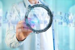 L'hologramme fait de roue avec des données futuristes de finances connectent Image stock
