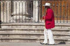 L'homme avec le grand cigare, la Havane Photographie stock