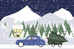 L'homme conduit dans une rétro voiture sur une route d'hiver Image libre de droits