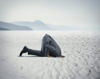 L'homme d'affaires aiment une autruche Photographie stock libre de droits