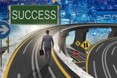 L'homme d'affaires dans le concept de réussite commerciale Image stock