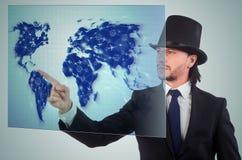 L'homme d'affaires dans le concept de transport du monde Image stock