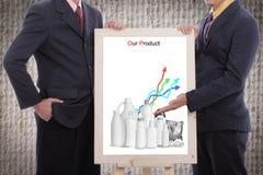 L'homme d'affaires discutent et montrent notre produit au client photos libres de droits