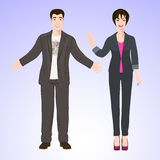 L'homme et la femme de sourire dans le style de bureau portent Photo libre de droits