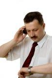 L'homme parlant par le téléphone Photo libre de droits