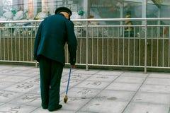 L'homme peint les caractères chinois Photos stock