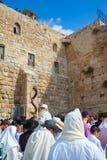 L'homme souffle le shofar Image libre de droits