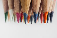 L'horizontal de l'automne Beaucoup de crayons photographie stock