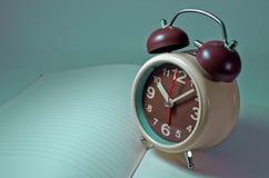 L'horloge Images libres de droits