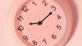 L'horloge au mur fonctionne dans Timelapse illustration de vecteur