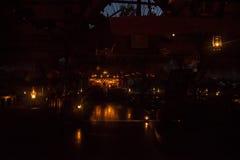 L'hotel sul fiume Kwai di notte Fotografia Stock