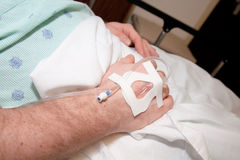 À l'hôpital : Patient mâle Images libres de droits
