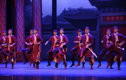L'hurlement d'employé-Le de l'acte d'abord des événements de drame-Shawan de danse du passé Photographie stock libre de droits
